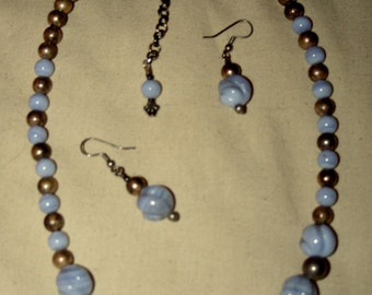 Vintage Southwest Blue Lace Agate and Sterling Navajo Pearl Bench Bead Necklace & Earrings Flower Shaped Stones