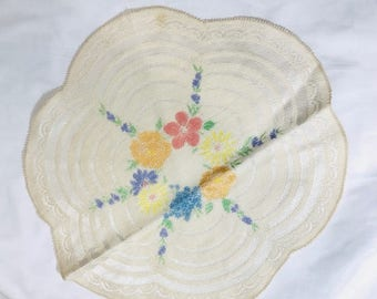 Vintage Linen Dollie Doily Table Topper, Coaster