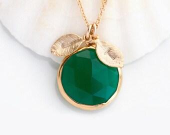 Green Onyx Necklace, May Birthstone Jewelry, Round Gemstone Pendant, Custom Name Necklace, Elegant Necklace, Green Stone Jewelry, Gift Ideas
