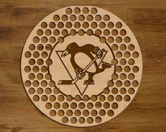 Pittsburgh Penguins Beer Bottle Cap Holder USA Laser Engraved Boyfriend Hockey Gift for Him, Gift for Dad, Groomsmen gift, Christmas Gift