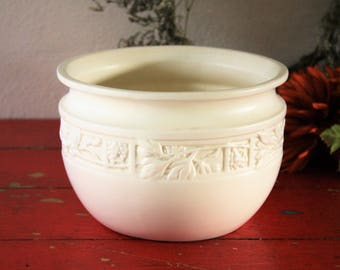 Napco Planter Matte Cream Flower Pot