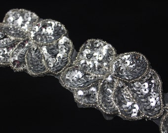 FANCY 5 PCS Silver Sequin and Beaded Flowers Ribbon Trim