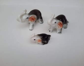 family of 3 elephants porcelain decoration