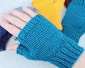 Knitting pattern: Fingerl...