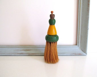 Vintage Wood Whisk Broom Clothes Brush Woman Green Yellow Handle
