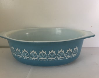 Vintage Blue Tulip Pyrex Casserole Dish From The 1960s  1.5 Quart