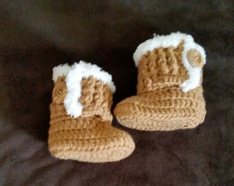 Baby boots, crochet baby booties, baby winter boots, baby shoes, handmade, baby gift, photo prop