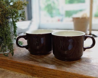 Vintage diner mugs (set of 2)