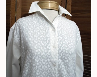 Vintage White Gloria Vanderbilt Embroidered Cotton Man Tailored Shirt