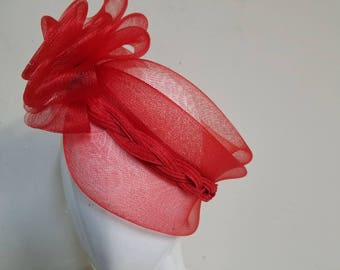 Hollow fascinator no crown