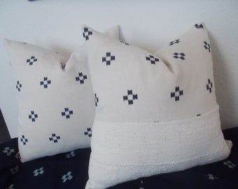 Cotton White African mud cloth Off White with Indigo details pillow cover