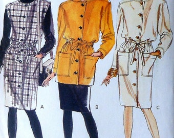 Hooded Tunic, Jumper, and Dress Sewing Pattern UNCUT Vogue 7879 Sizes 14-18