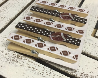 Sports decorated Clothespins, set of 5 clothespin magnets, football clips, football magnets, set of football fridge magnets