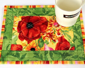 Quilted Mug Rug, Poppies, Green Red Snack Mat, Floral Mug Mat, Summer Table Quilt, Quiltsy Handmade
