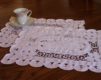 Set of 2 Vintage Placemats,  White Cutwork, French Country, Victorian Decor, Rustic, Cottage Chic, White Vintage Lace, Table topper #65