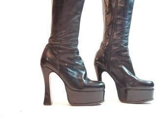 EL DANTES Vamp 90s Vintage black leather tall zip up chunky stacked heel boots stacked womens sz 7
