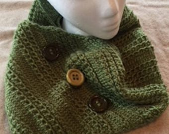 Hand knitted cowl, S-113