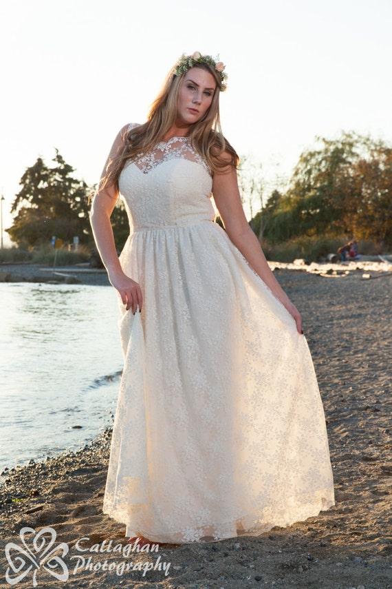 Items Similar To Plus Size Lace Wedding Dress Silk Illusion