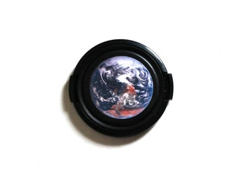 Nasa earth camera lens cap for Canon, Nikon, Fuji, Sony, DSLR, Photography gift, photographers gift. Free shipping in North America.