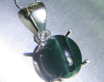 4.60ct Natural cat eye apatite green 925 Sterling Silver pendant necklace (chain is included)