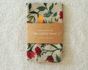 Wildflower men's pocket square // cotton pocket square / floral pocket square / wedding pocket square / men's handkerchief