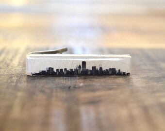 Chicago Skyline Tie Clip, personalized tie clip Mens Accessory