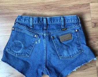 Wrangler Cut Off Shorts-Vintage Wrangler-Wrangler Jeans-Daisy Dukes-Cowgirl -Wrangler Cut Offs -Size 28