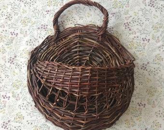 Wicker Vine Pocket Basket/ Plant Holder