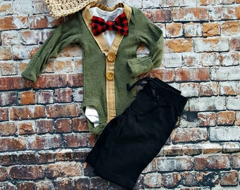 Newborn Baby Boy Coming Home Outfit Set. Cardigan Bodysuit, Bow Tie Bodysuit, Black Pants, Newsboy Hat. Buffalo Plaid. First Christmas.