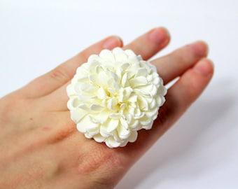 ivory ring gift bridesmaid ring for women birthday white daisy jewelry gift flower girl ring ivory wedding jewelry for girls flower ring A1