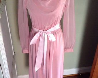 Pink chiffon dress with drapey front.......long sheer sleeves......dressy and elegant.....perfect condition
