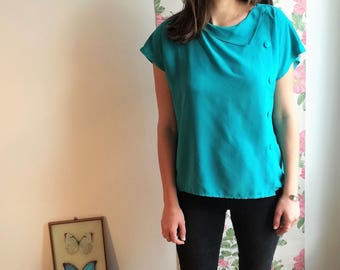 Fiona - Buttoned on the side vintage emerald green silk blouse