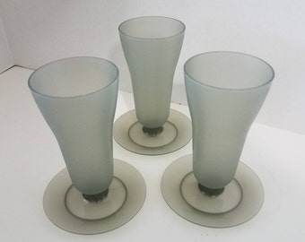 Tupperware Smoke Grey Parfait cups - set of 3