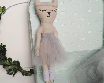 Ballerina Cat warm-up