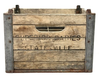 Vintage Milk Crate / Superior Dairy Statesville NC Wood Crate