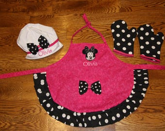 Custom Apron Child Apron Personalized Apron Full face Minnie Apron matching oven mitts Personalized  Apron birthday gift little girl apron