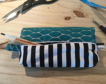 Toiletry case or makeup Vice Versa green and cotton velvet with black and white stripes