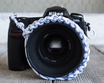 Paracord Camera Wrist Strap (blue/white)