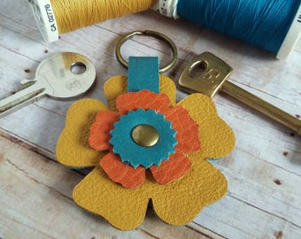 Leather Flower Keychain, Leather Keyring,Flower, Reversible, 3rd Anniversary gift, Bag charm, Mothers Day Gift, Wedding Favour, Blue, Yellow