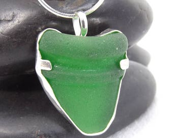 Green Sea Glass Jewelry, Kelly Green Sea Glass Pendant, Authentic Green Sea Glass Necklace
