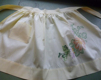 Vintage Embroidered Kit Apron, Yellow, Mid Century Craft Kit