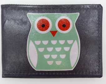 Oyster card holder, bus pass holder, travel card holder, wallet. Owl print wallet .Card wallet, Vinyl coated Oyster card wallet.