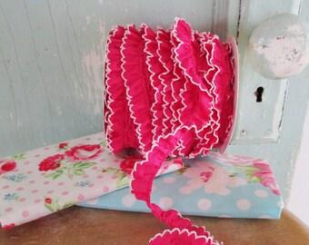 New Fuchsia Crochet Edge Trim No432.  Pink Fabric.  Pink Ruffle.  Pink Ribbon.  Pink Fabric Ribbon.  Pink Fabric Trim.