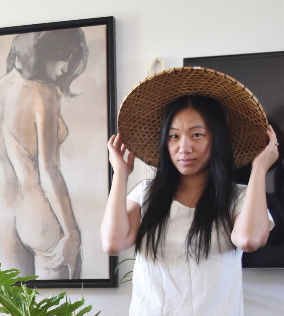 "18"" large vintage asian bamboo cone hat / rice hat / paddy hat / sedge hat / wall basket"
