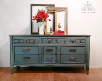 SOLD....Federal Style Dresser