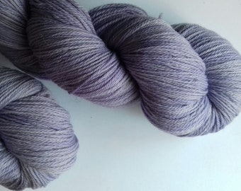 Hand dyed yarn, merino, 4ply,  naturally dyed, light purple, logwood, MER500/P/2