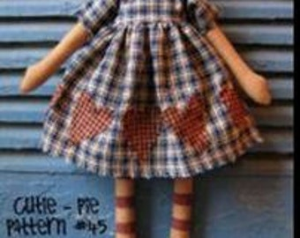 """PATTERN: """"Cutie Pie"""" is a primitive doll pattern by Homespun Hugs, easy and fun to make"""