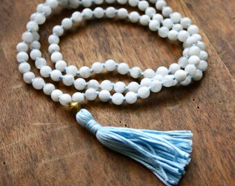 Rainbow Moonstone Healing Gemstone Mala Tassel Necklace Meditation 108 Mala Beads Knotted Prayer Beads Bhakti Yoga Jewelry Kundalini Women