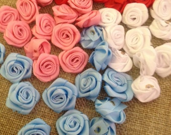12 Roses in satin for decoration