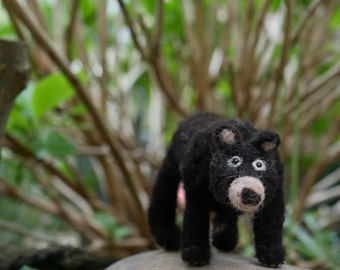 Needle felted Bear Sculpture,made to order